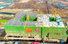 古镇口中国石油大学新校区首栋科研楼主体封顶