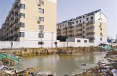 污水管道未接入市政管网 祥龙花园排污困扰十几年